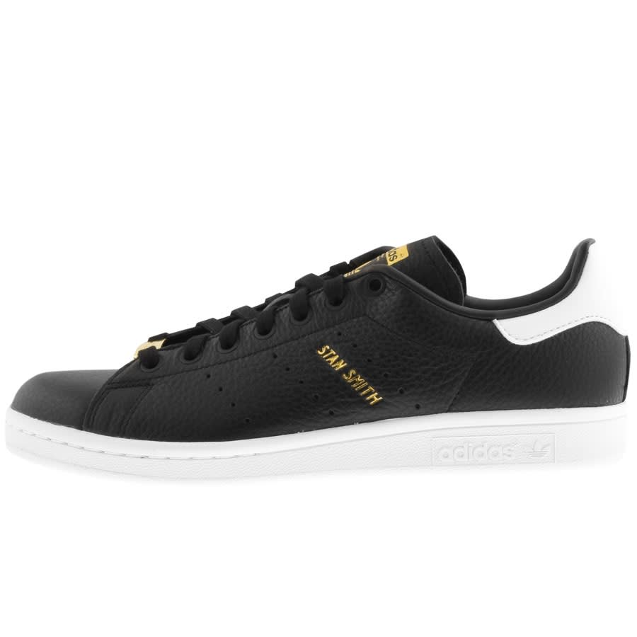 stan smith trainers black